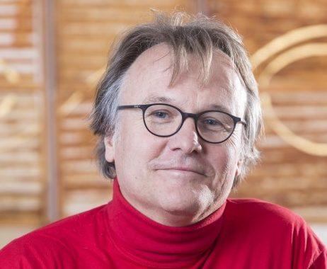Dr. Stefan Hüttich
